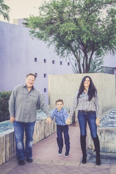 Family photos at Mesa Arts Center